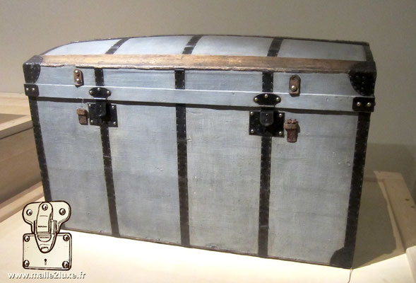 Louis Vuitton chest gray canvas steel black