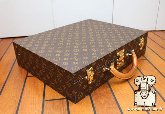Valise diplomate Louis Vuitton M53020 incroyable