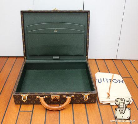 Valise diplomate Louis Vuitton M53020 classeur