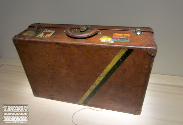 Museum trunk Vuitton Stamm
