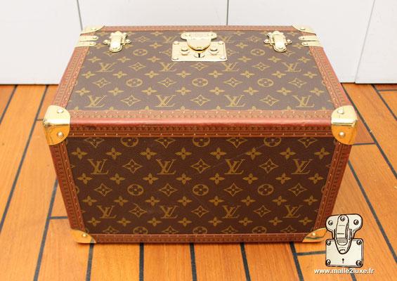 Vanity Louis Vuitton dessous