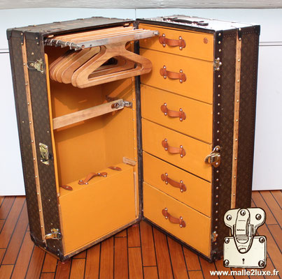 Louis vuitton trunk interior ideal for a bedroom