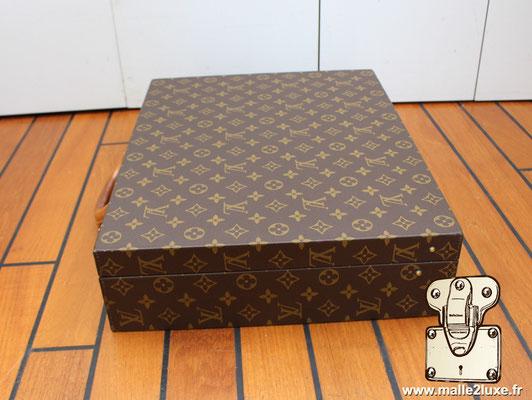Valise diplomate Louis Vuitton M53020 coté et face