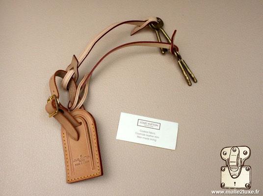 clés de valise louis vuitton et porte étiquette