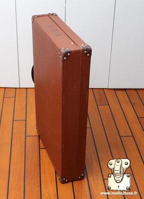 tres jolie valise marron Louis Vuitton