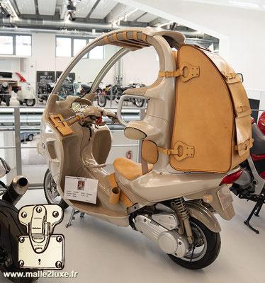 scooter Louis Vuitton et BMW Munich
