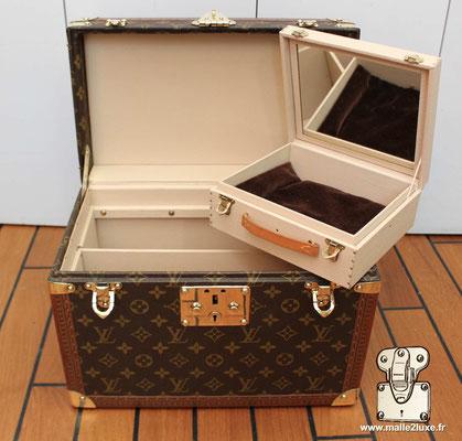Vanity Louis Vuitton vintage bijoux