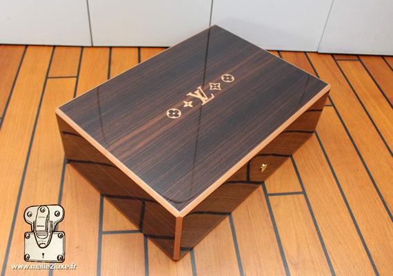 coffre a 150 cigares Louis Vuitton