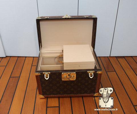Vanity Louis Vuitton toile monogram 1990 boite a pharmacie vintage