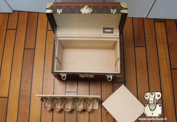 Vanity Louis Vuitton toile monogram 1990 boite a pharmacie incroyable