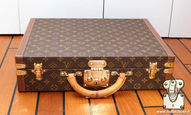 Louis Vuitton 6-groove lock bisten suitcase president