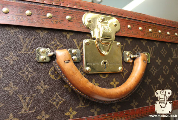 Alzer Louis Vuitton 65 Suitcase