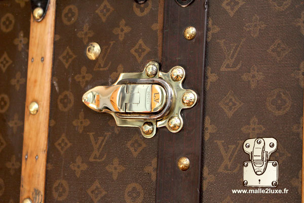 Fermoirs en laiton massif Louis Vuitton