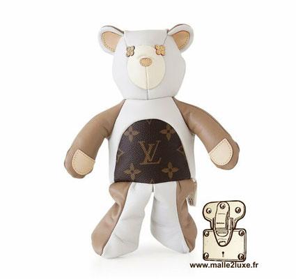 doudou peluche Louis Vuitton ours blanc