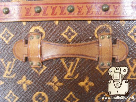 malle à fleurs Louis Vuitton ancienne