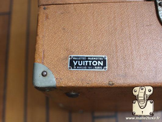 Louis Vuitton marmotte etiquette