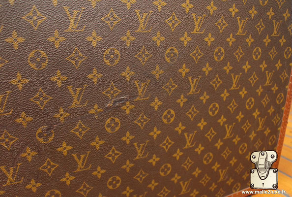 Louis Vuitton 1980 bisten 70 suitcase