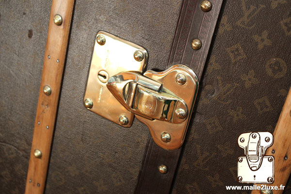Louis vuitton trunk lock in brass