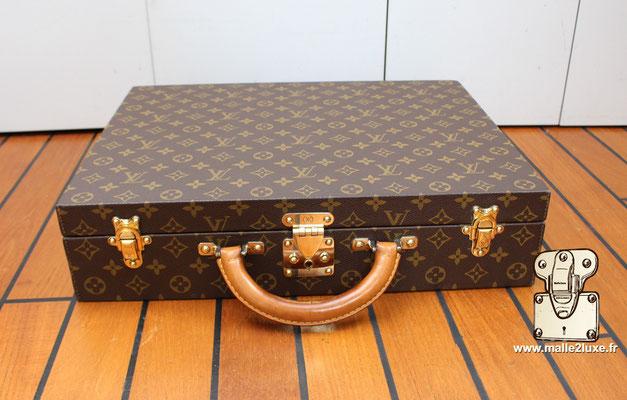 Valise diplomate Louis Vuitton M53020 vintage amoureux des produits de luxe