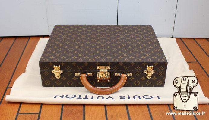 Valise diplomate Louis Vuitton M53020 a vendre