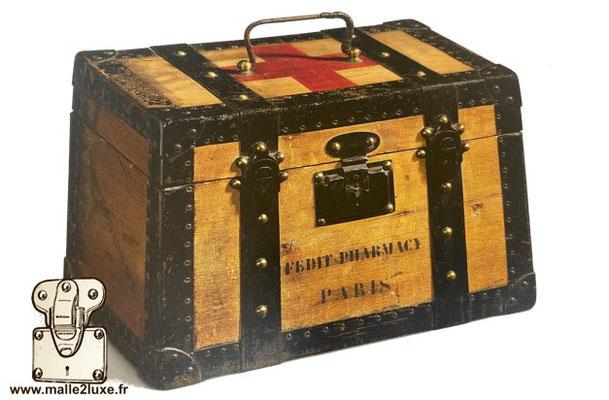 Serrure coffre malle louis vuitton boite croix rouge