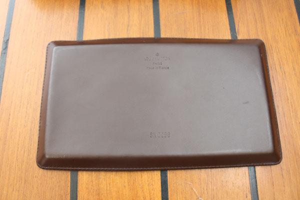 plateau en cuir Louis Vuitton vide poche