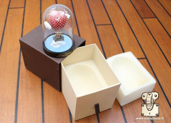 cadeau vip Louis Vuitton boule a neige boite