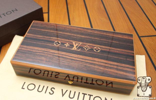 Boite a cigare Louis Vuitton placage ebene de Macassar