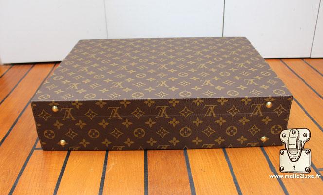 Valise diplomate Louis Vuitton M53020 arrière