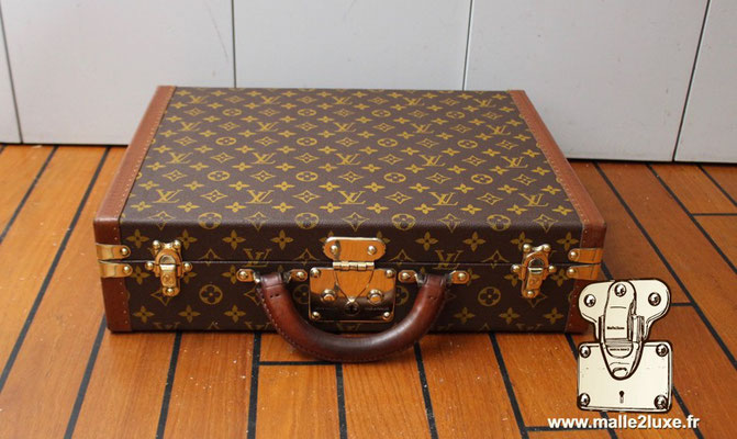 New generation of Louis VUITTON Malle locks president suitcase