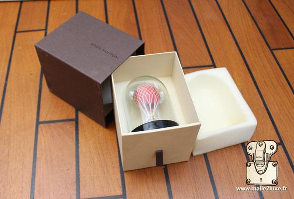cadeau vip Louis Vuitton boule a neige