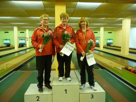 1. Platz Stefanie Dreier, 2. Platz Sabine Kölbel, 3. Platz Ursula Krey