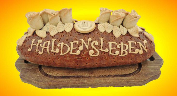 Ein leckeres und schick verziertes Brot