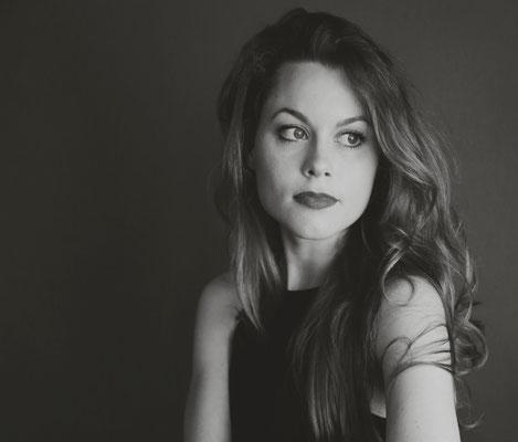 Portrait (C) De-Da Productions