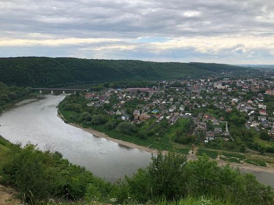 am Fluss Dnister