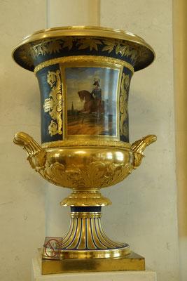 eine bescheidene Vase