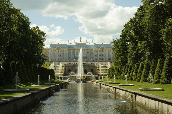 Blick vom meer zum Palast