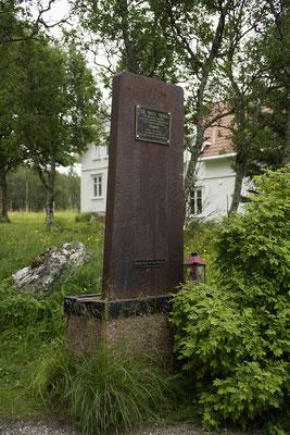 Tirpitzdenkmal aus einer Stahlplatte des Schiffs
