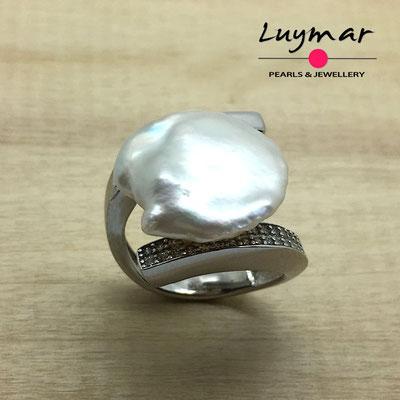 S35176 Sortija con perla cultivada keshi Luymar