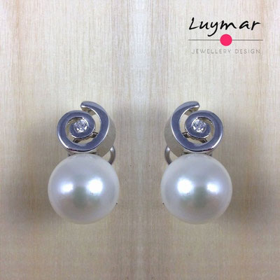 A31453 Pendientes Omega plata perlas Luymar