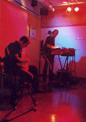 Encore with Vidna Obmana - MOP Jugendtreff, Munich - 2003 (photo: Birgit Schweimler)