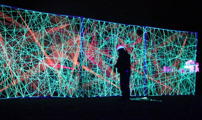 3D-Grafik Kunstschule Kraichgau Neonprojekt 2017 letzte Handgriffe