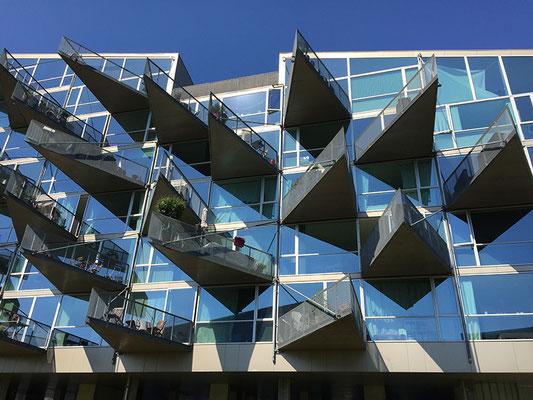 Wohnungsbau / VM Houses by BIG