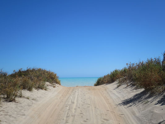 Zum 80 miles beach