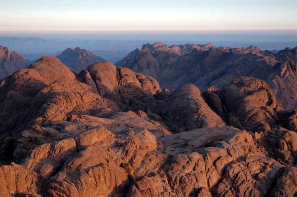 Biblischer Schauplatz, an dem Moses in 2285 m Höhe die 10 Gebote von Gott empfangen haben soll