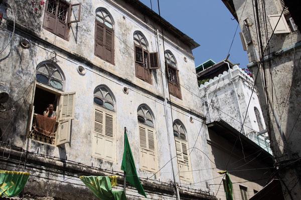 Leider sind viele Häuser in Stone Town trotz Fördermittel der UNESCO aufgrund Korruption und fehlendem know-how dem Verfall preisgegeben.