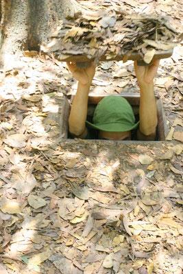 Die Tunneleingänge waren so schmal, dass kein Nichtvietnamese durchpasste