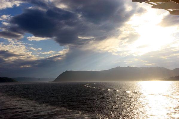 wieder auf See Richtung Tromsö in der Mitternachtssonne