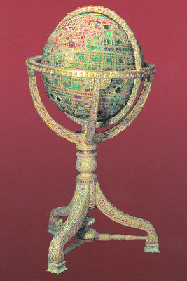 Ein Globus mit Saphiren die Meere, mit Rubinen die Kontinente und mit Diamanten der Iran ausgekleidet.
