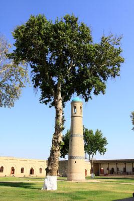 Das Minarett der Freitagsmoschee